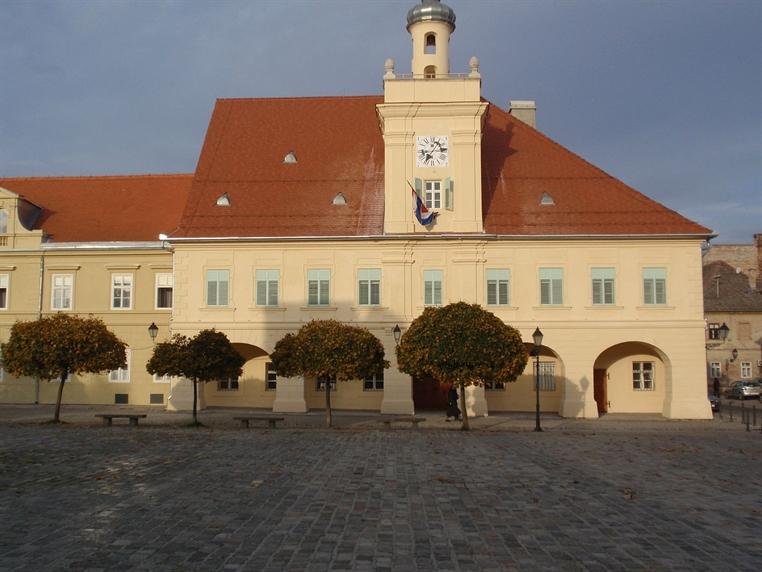 Arheološki muzej Osijek, Osijek